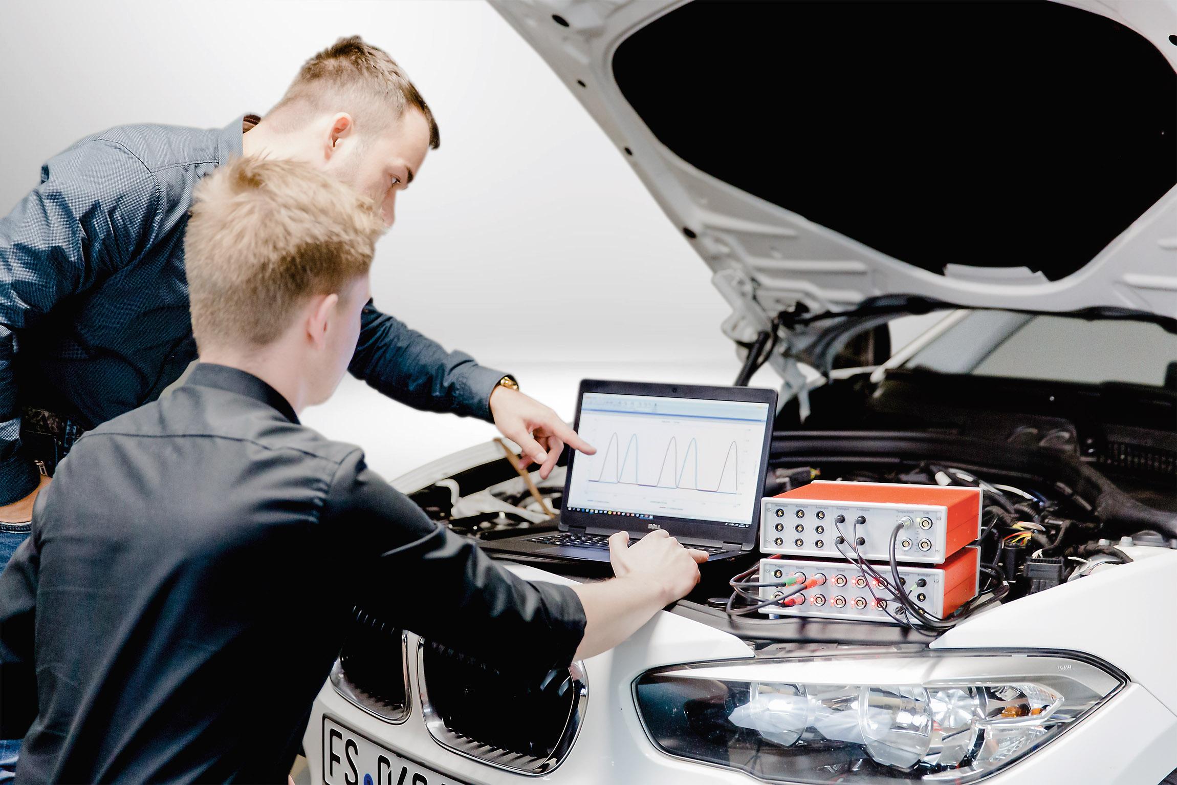 Drehschwingungsanalyse Messkette am Fahrzeug